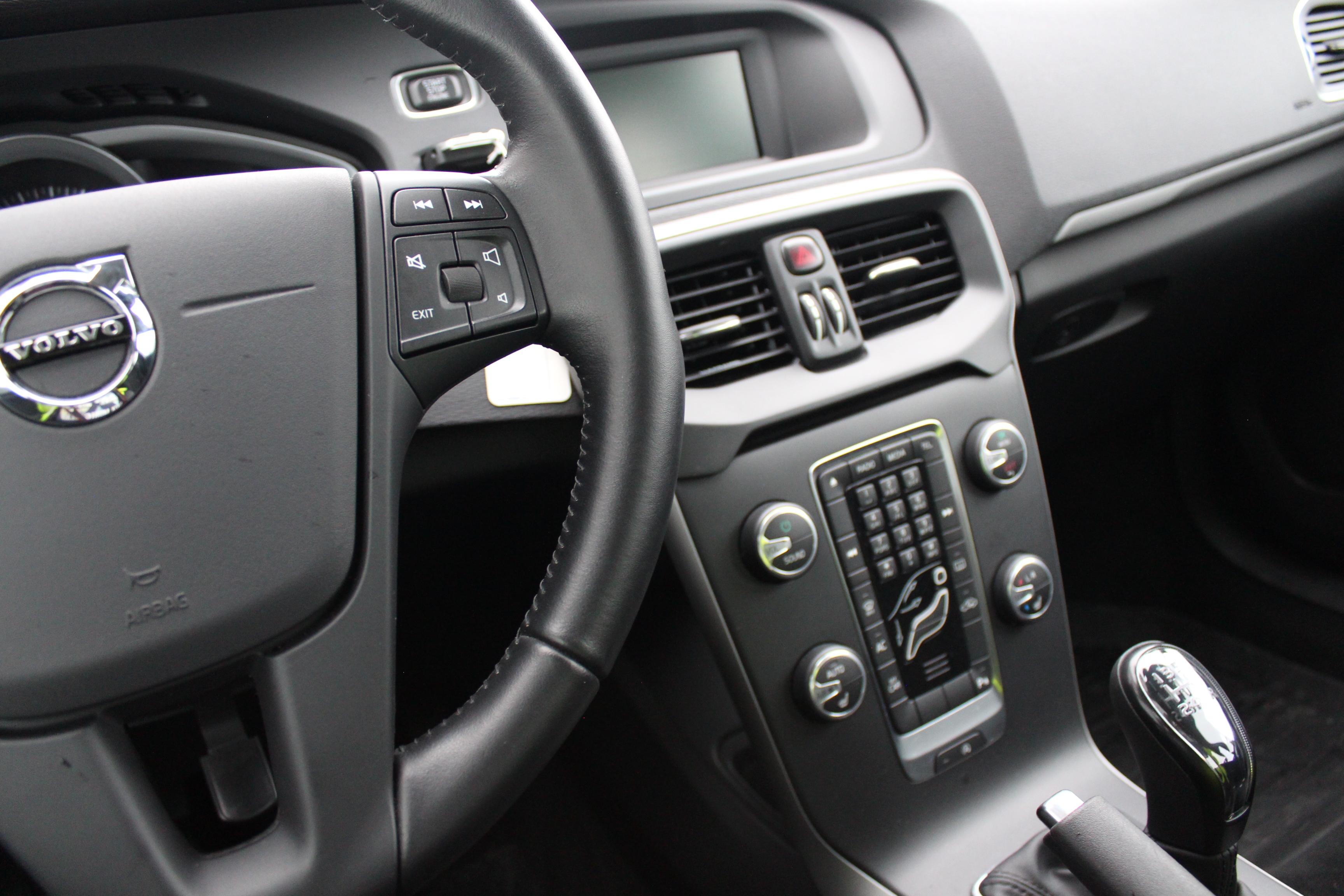 Volvo V40 T2 Kinetic Euro 6 122hk