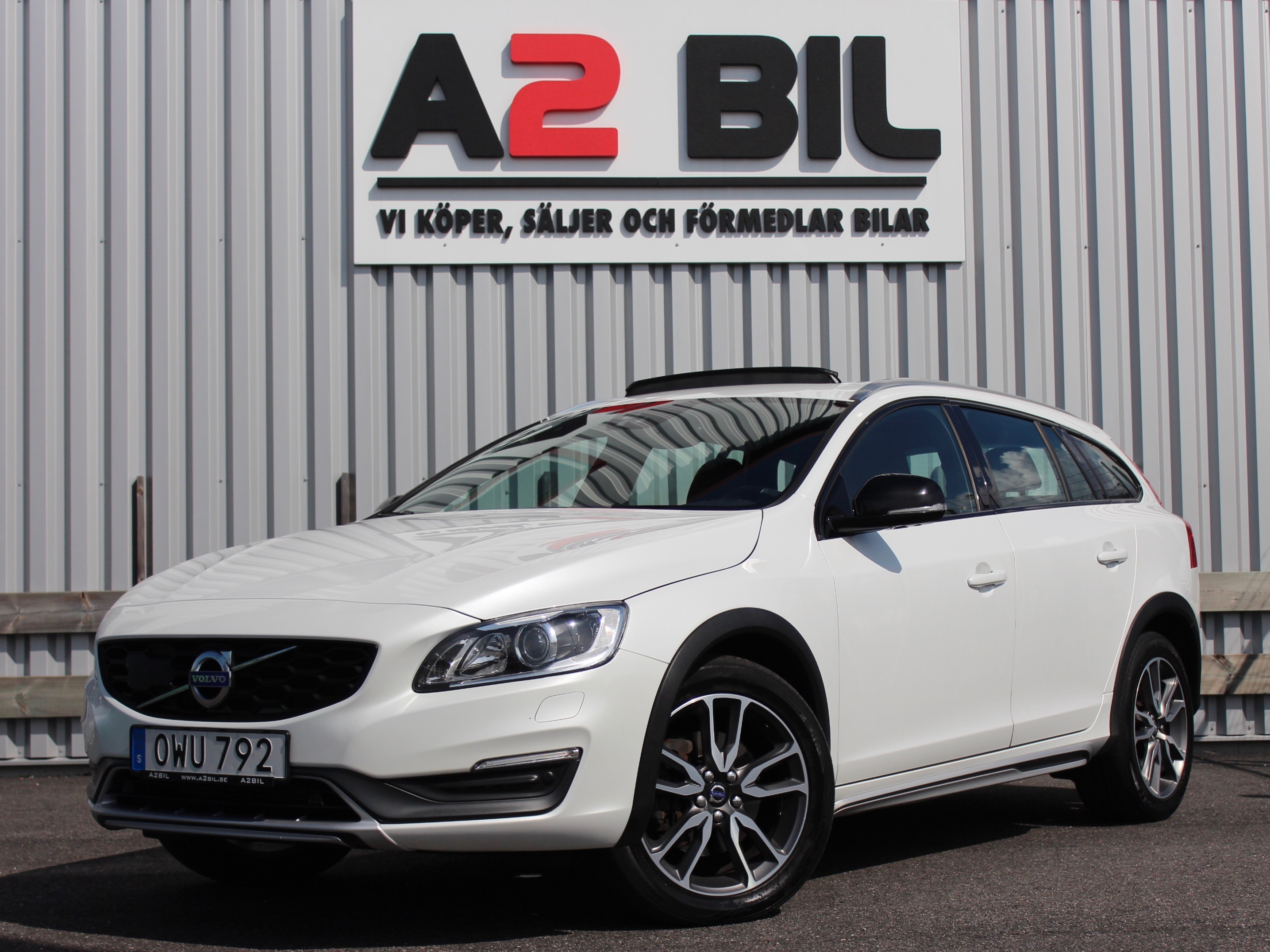 Volvo V60 Cross Country D4 AWD Geartronic Summum BE PRO