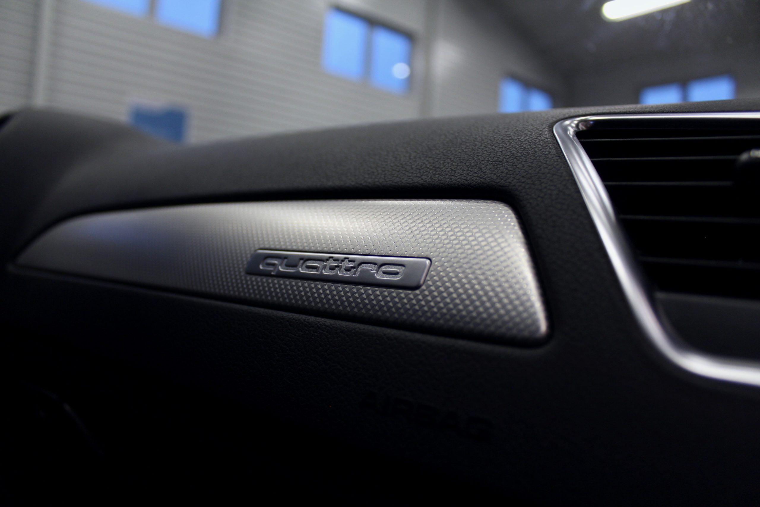 Audi A4 Avant 2.0 TDI DPF quattro 177hk