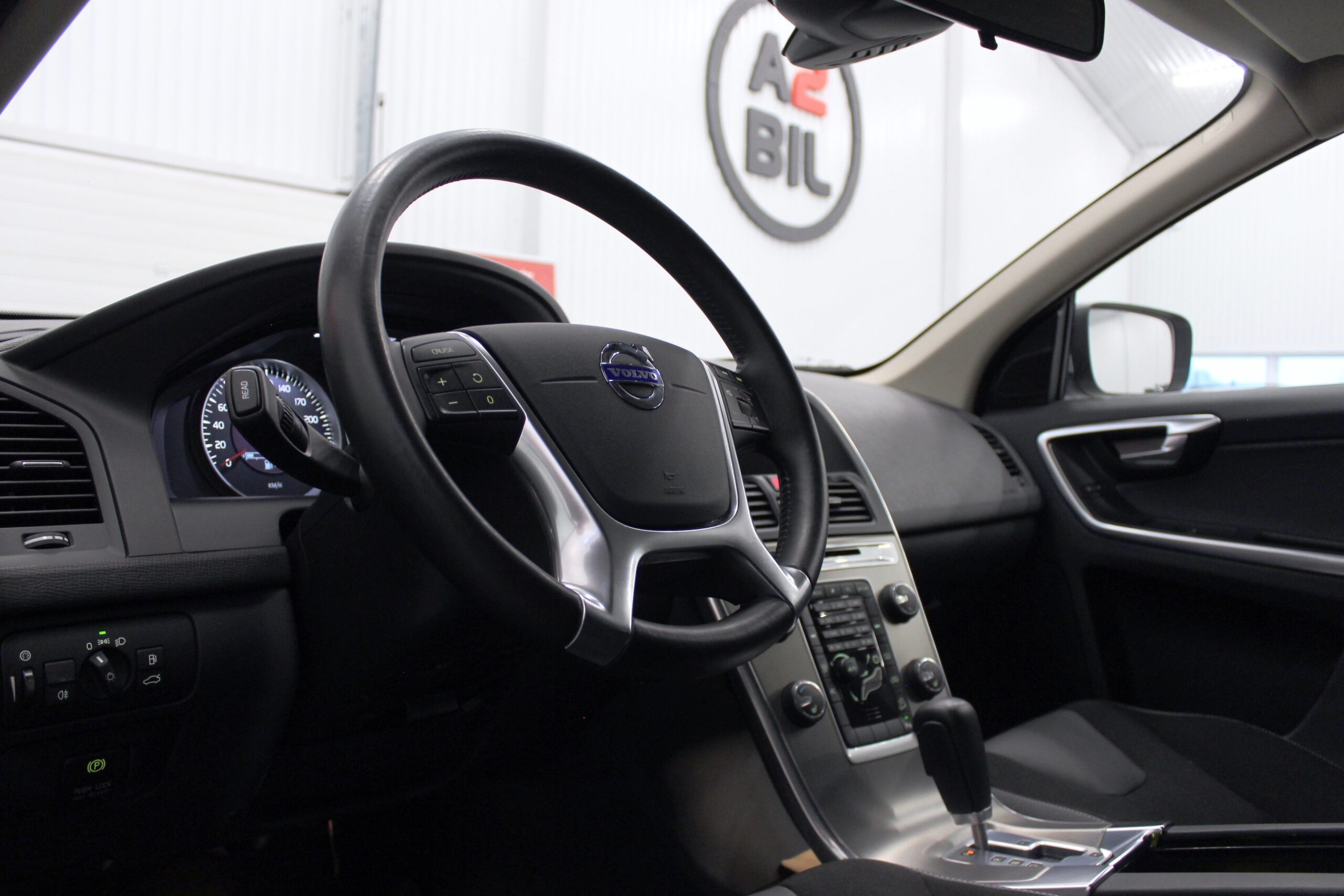 Volvo XC60 D3 AWD Geartronic Momentum 163hk